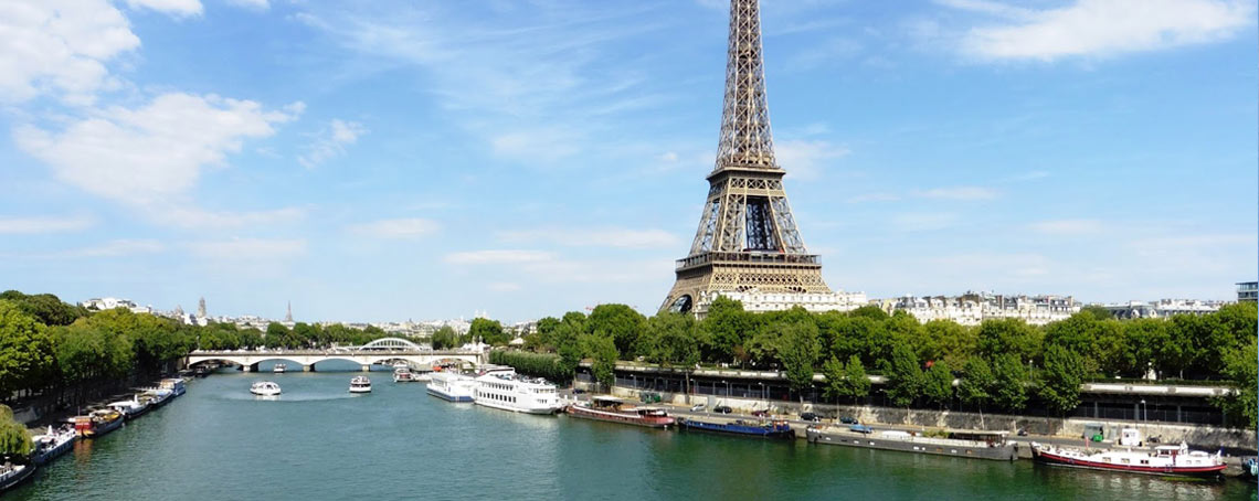 Cruises on the Seine in Paris